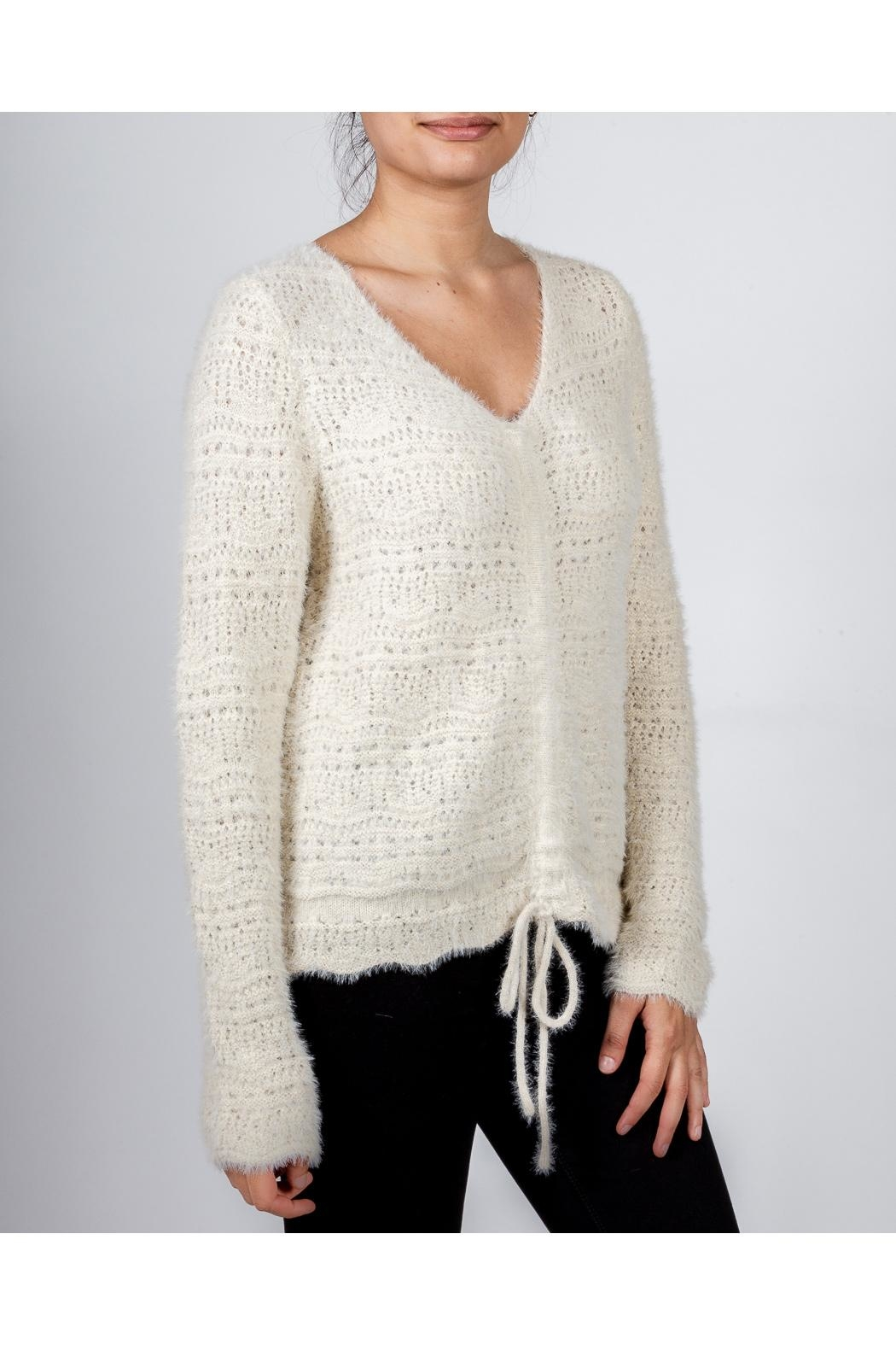 Hem & Thread Croched Cream Sweater - Side Cropped Image