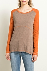 Hem & Thread Earthtones Tee Top - Front cropped