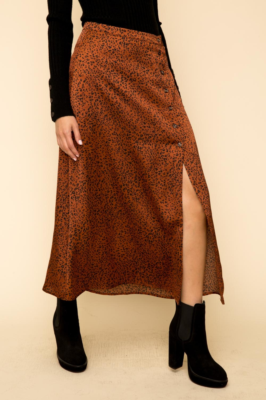 Hem & Thread Leopard Button Skirt - Back Cropped Image