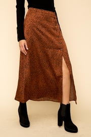 Hem & Thread Leopard Button Skirt - Back cropped