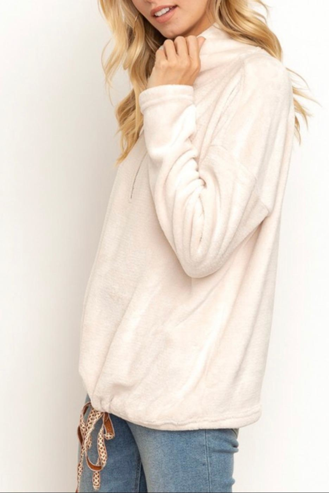 Hem & Thread Soft Plush Pullover - Back Cropped Image
