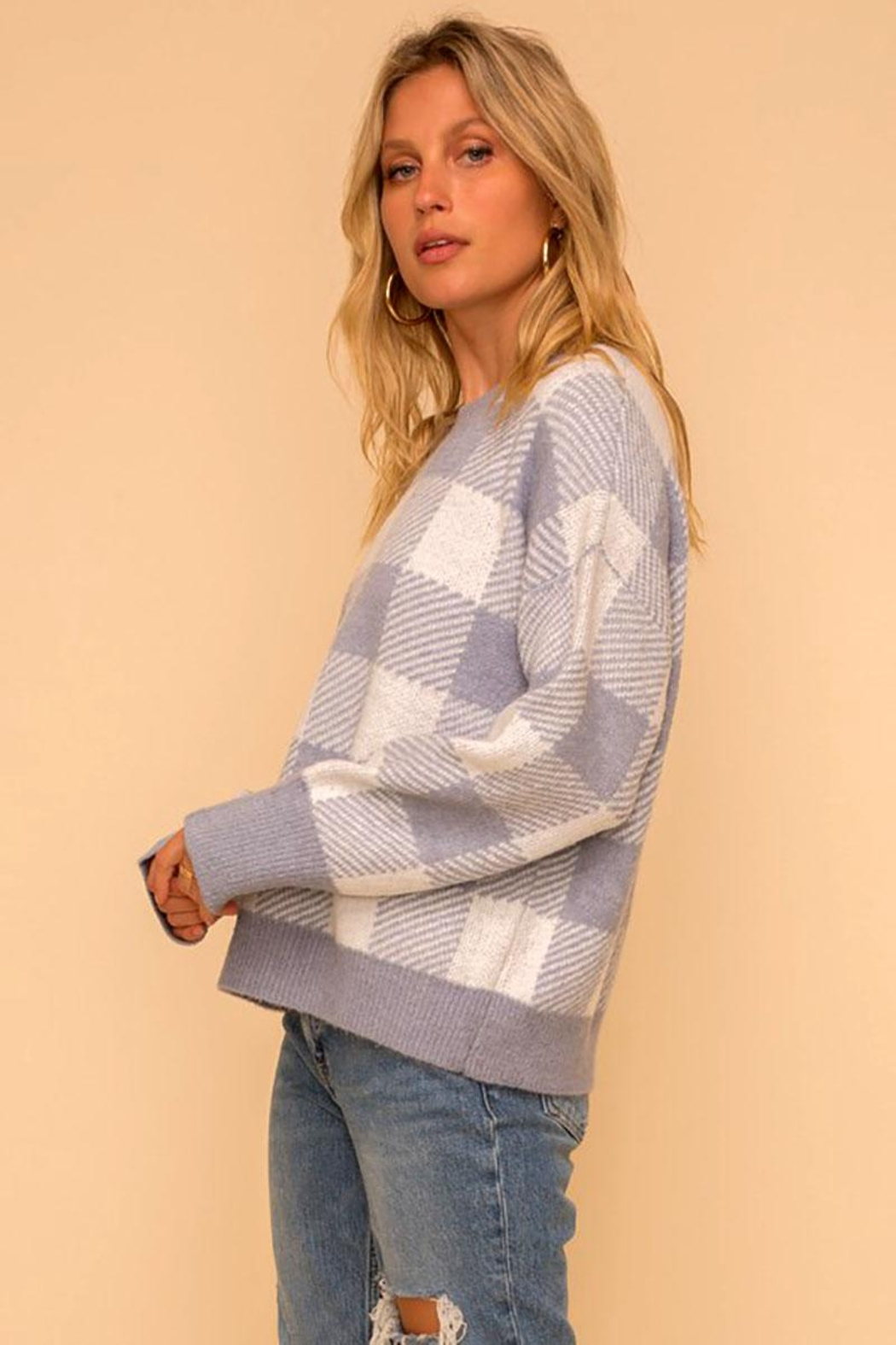 Hem & Thread Super Soft Checkered Plaid Pullover Sweater Top - Back Cropped Image