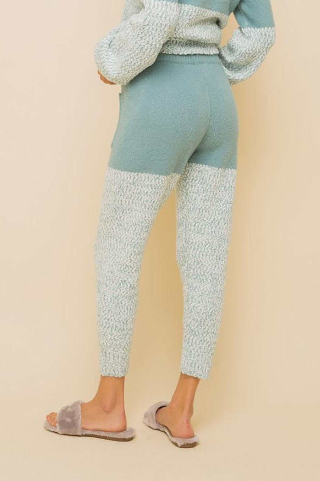 Hem & Thread Super Soft Colorblock Cozy Pants - Side Cropped Image
