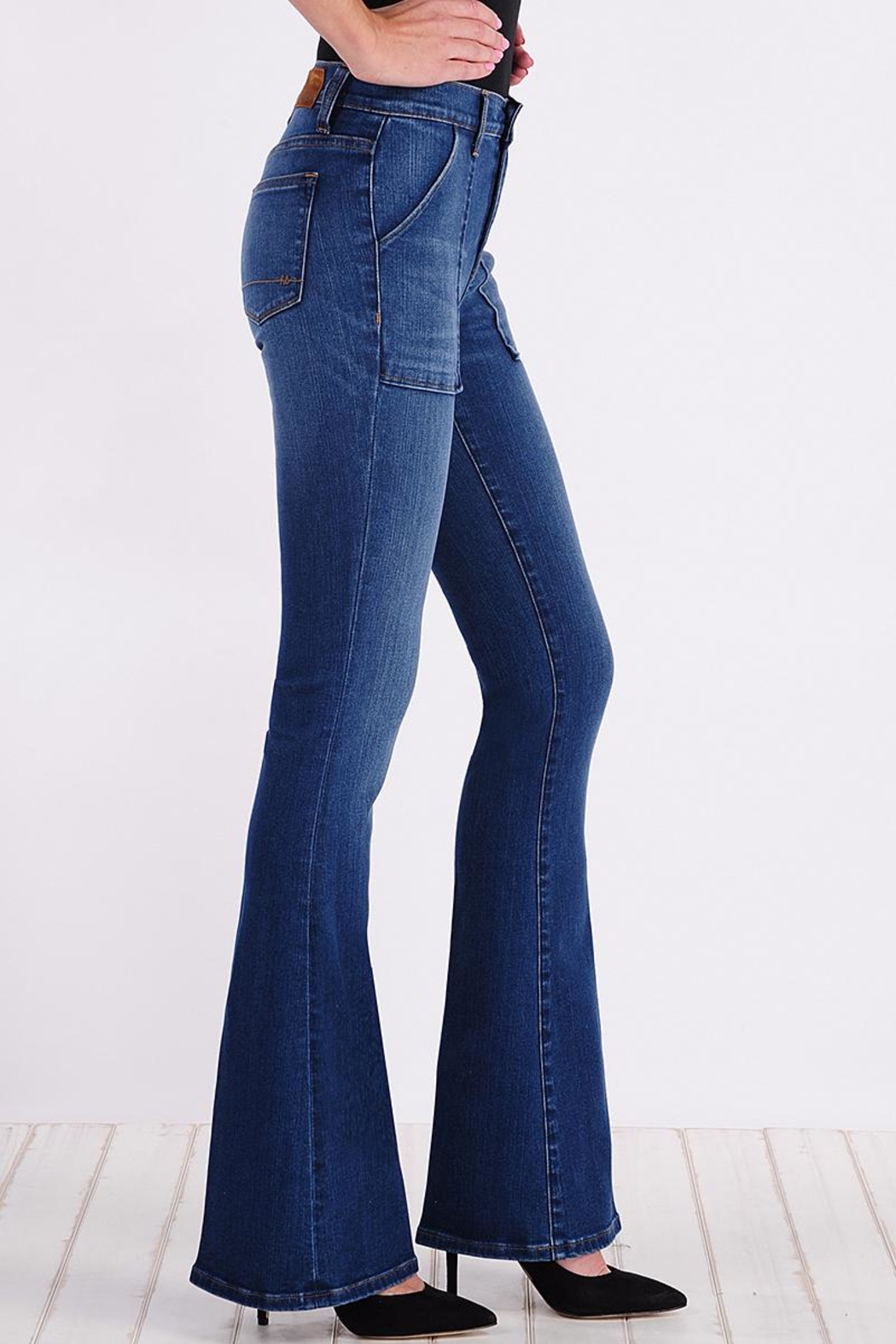 Henry & Belle High Waisted Flare Jeans - Side Cropped Image