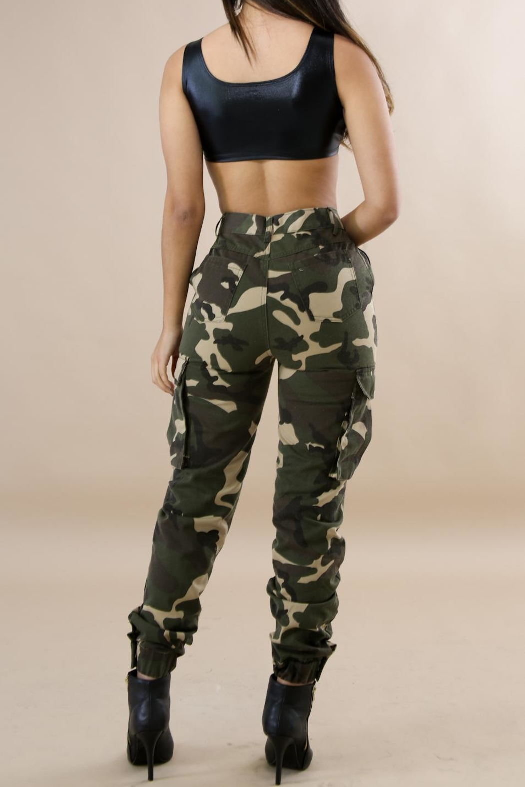 hera collection Camo Cargo Pants - Front Full Image