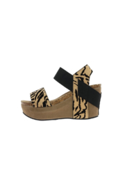 Pierre Dumas Hester-27 Wedge - Front cropped