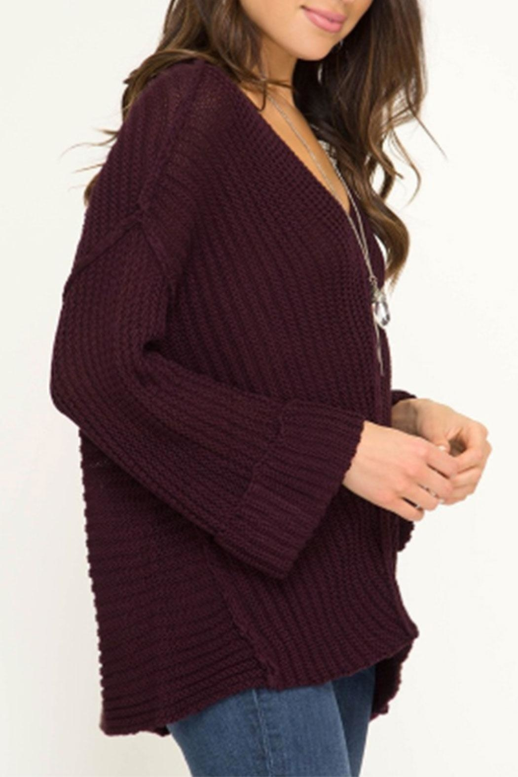 She + Sky Hi-Lo V-Neck Sweater - Side Cropped Image