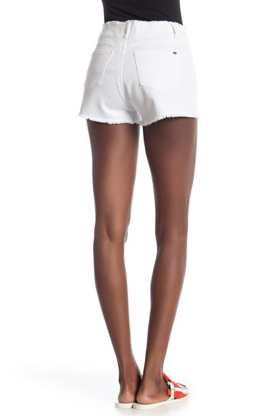 Tractr Blu Hi-Rise Button Shorts - Side Cropped Image