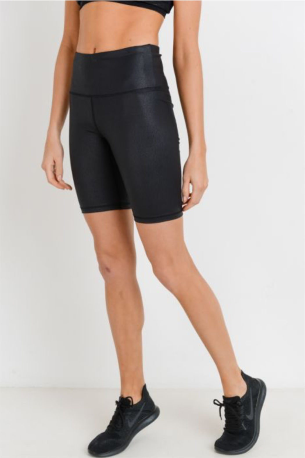 Mono B Hi Waist Vegan Biker Short - Side Cropped Image