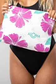 Aloha Collection Hibiscus Zipper Bag - Side cropped