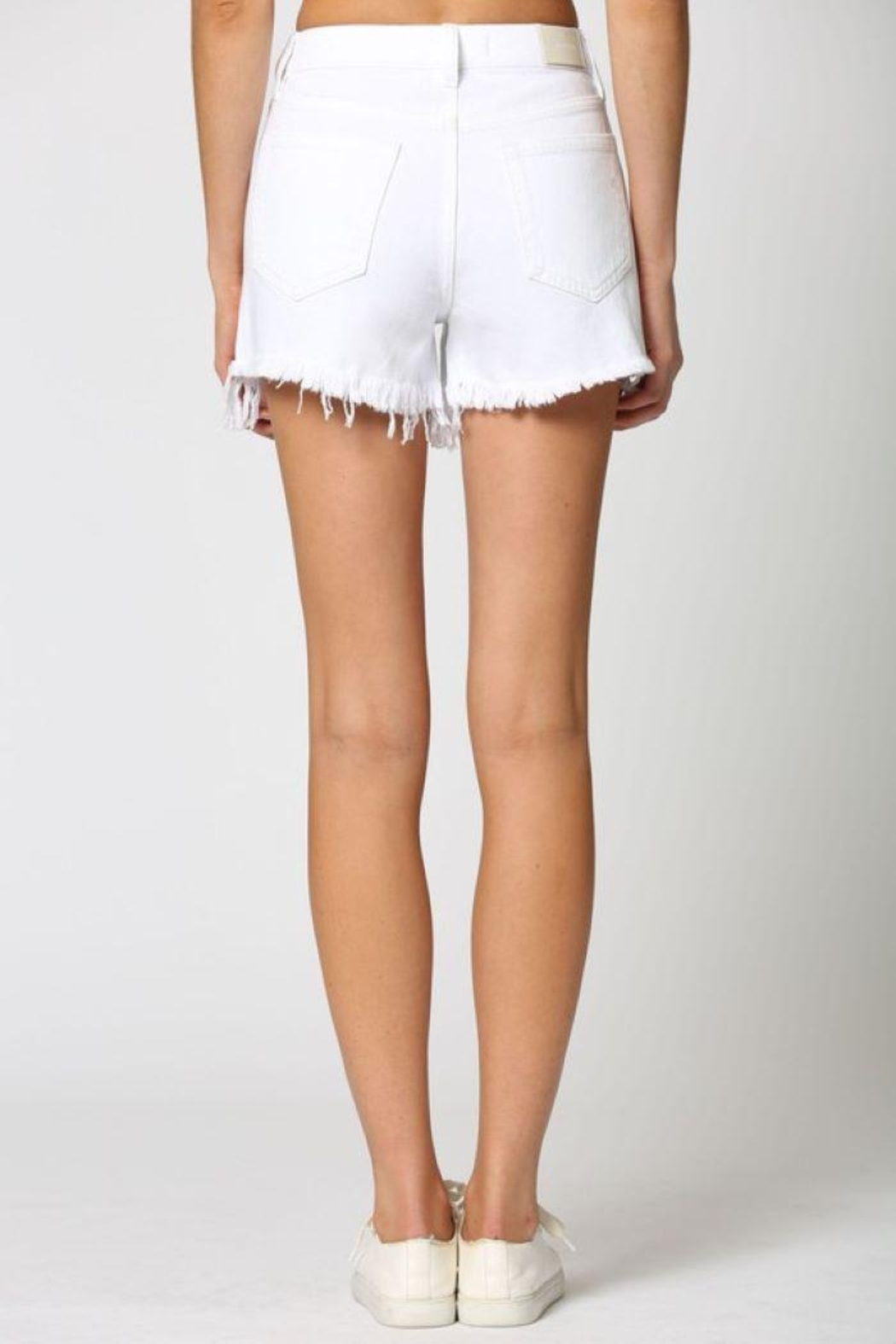 Hidden Jeans White Heavy Fray Mom Shorts - Side Cropped Image