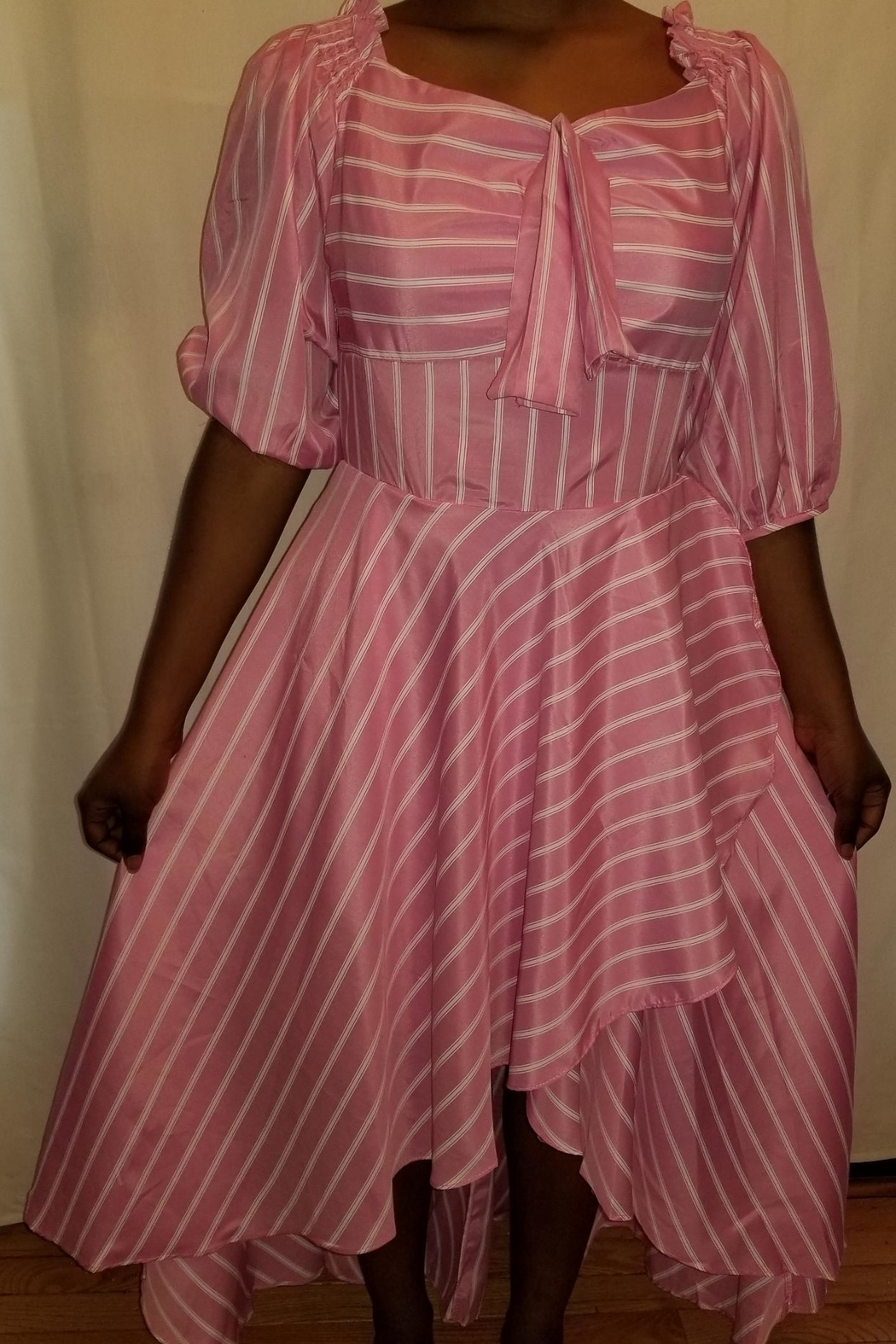 style High-Low Dress - Front Cropped Image