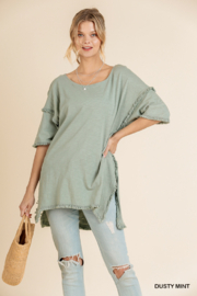 umgee  HIGH LOW TUNIC W/ FRENGE HEMS - Front cropped