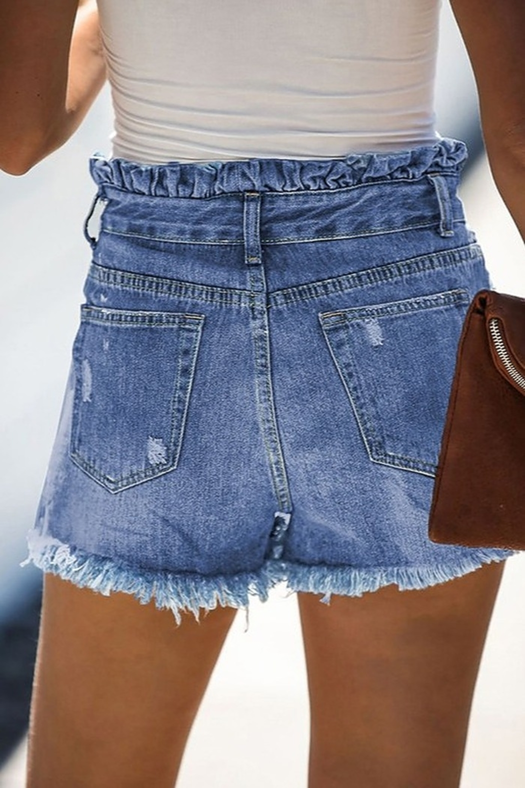 lily clothing High Rise Shorts - Side Cropped Image