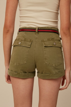 Listicle High Rise Twill shorts - Alternate List Image