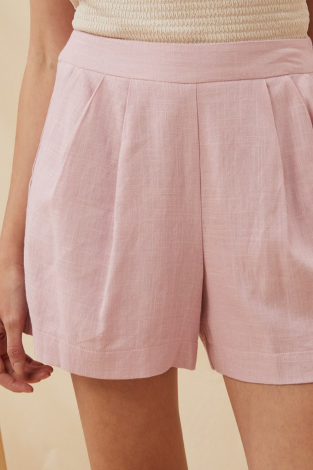 Lush  High Waist Linen Short - Side Cropped Image