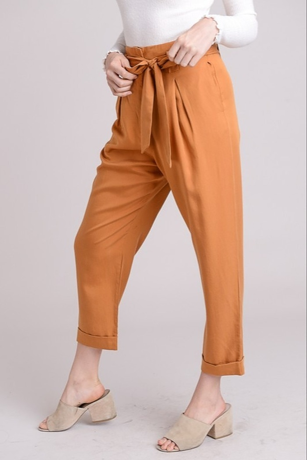 Le Lis High Waist Trousers - Front Full Image