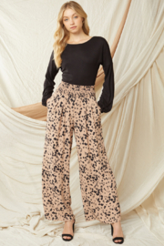entro  High Waisted Wide Leg Pants - Front cropped