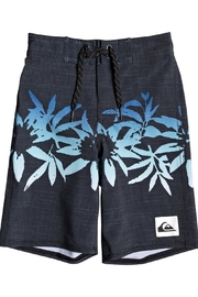 Quiksilver Highline Choppa Youth Boardshorts - Front cropped