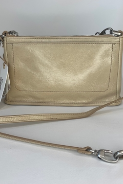 Hobo HOBO CADENCE CONVERTIBLE CROSSBODY IN PARCHMENT - Alternate List Image