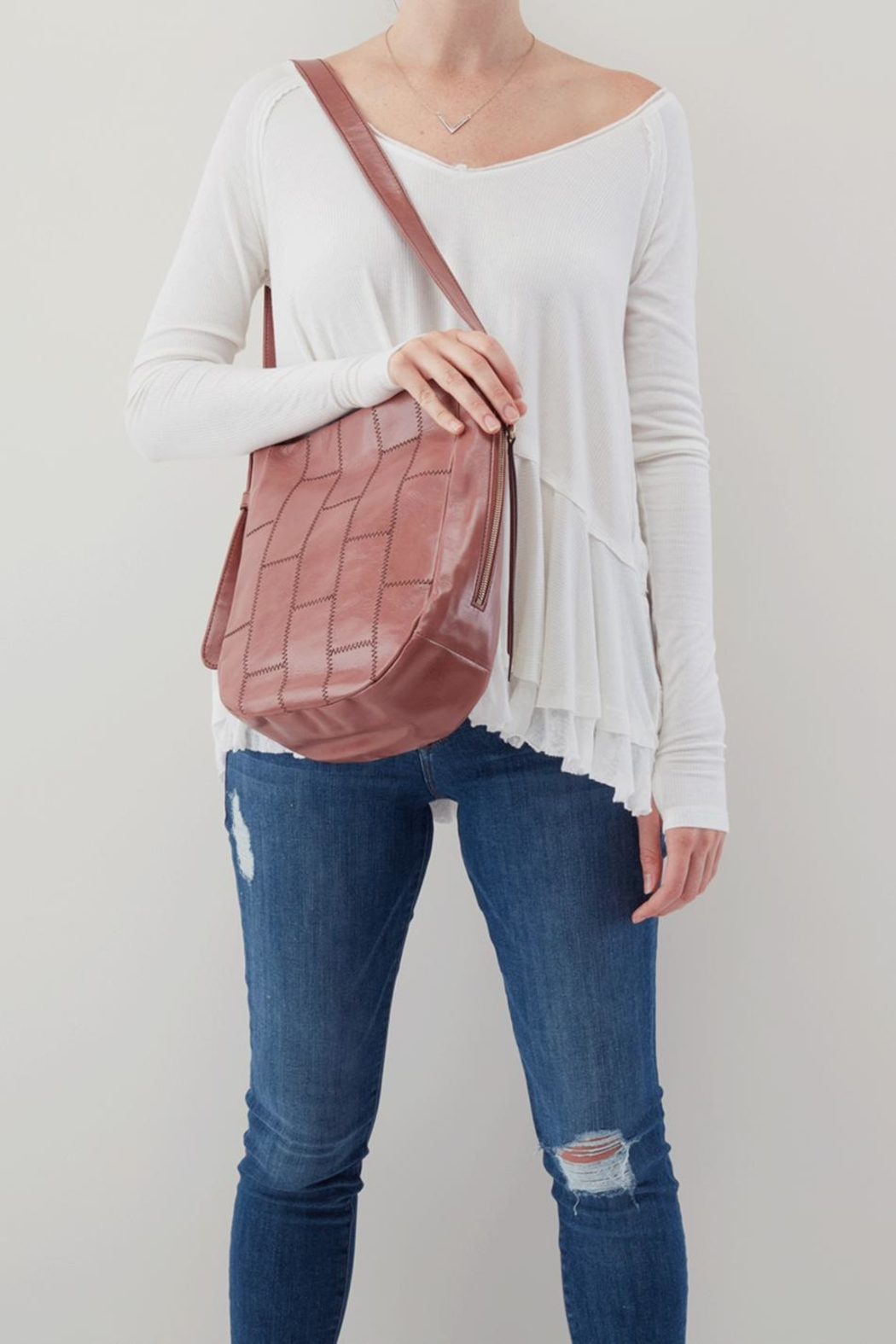 Hobo Kharma Shoulder Bag - Side Cropped Image