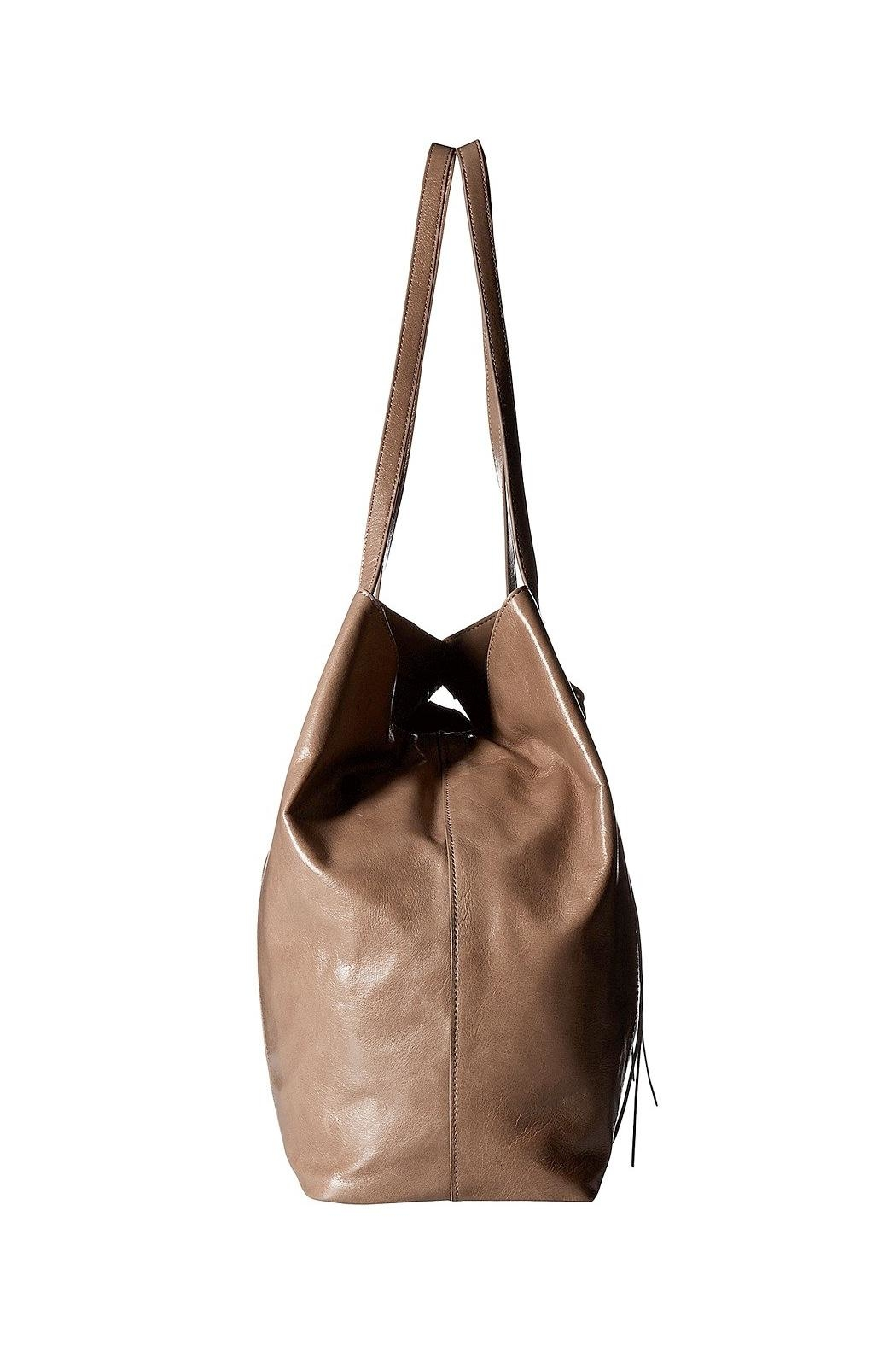 Hobo Kingston Leather Tote - Side Cropped Image