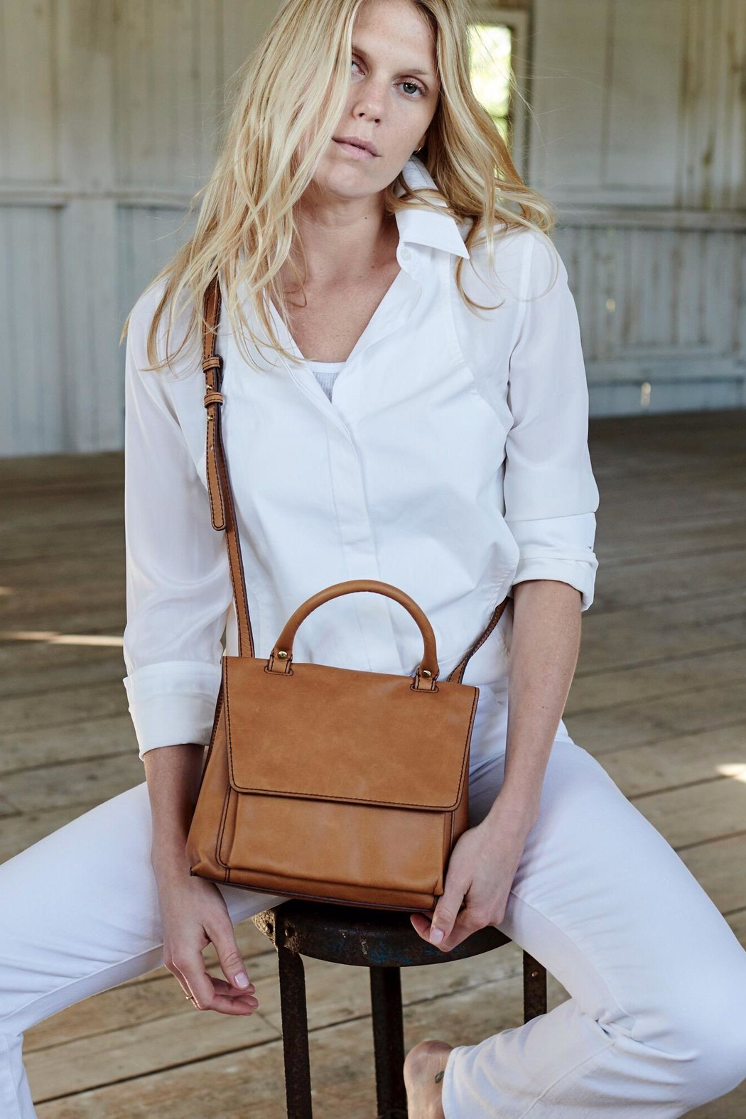 Hobo Meter Structured Purse - Front Full Image