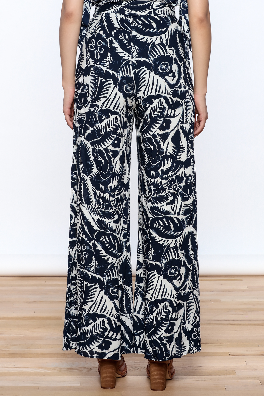 Hommage Bianca Floral Pants - Back Cropped Image