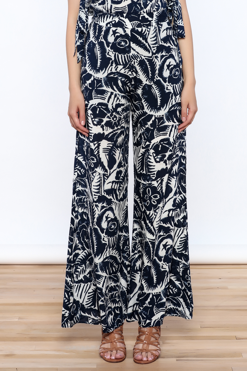 Hommage Bianca Floral Pants - Side Cropped Image