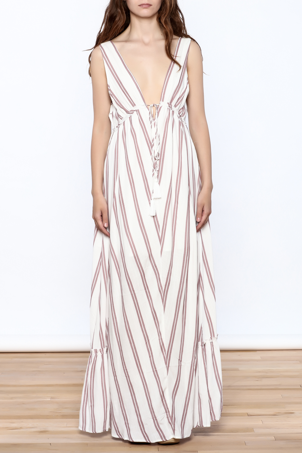 Hommage Flowy Roxy Maxi Dress - Front Cropped Image