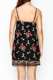 Honey Punch Floral Embroidered Dress - Back cropped