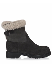 La Canadienne Honey Sherling Boot - Product Mini Image