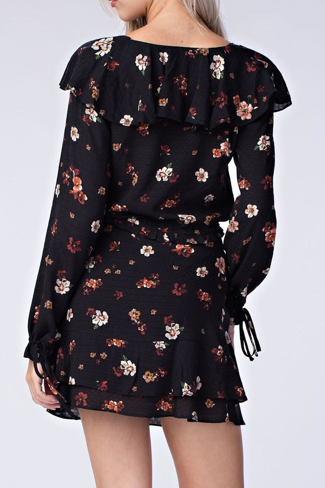 honey belle Floral Ruffle Top - Side Cropped Image