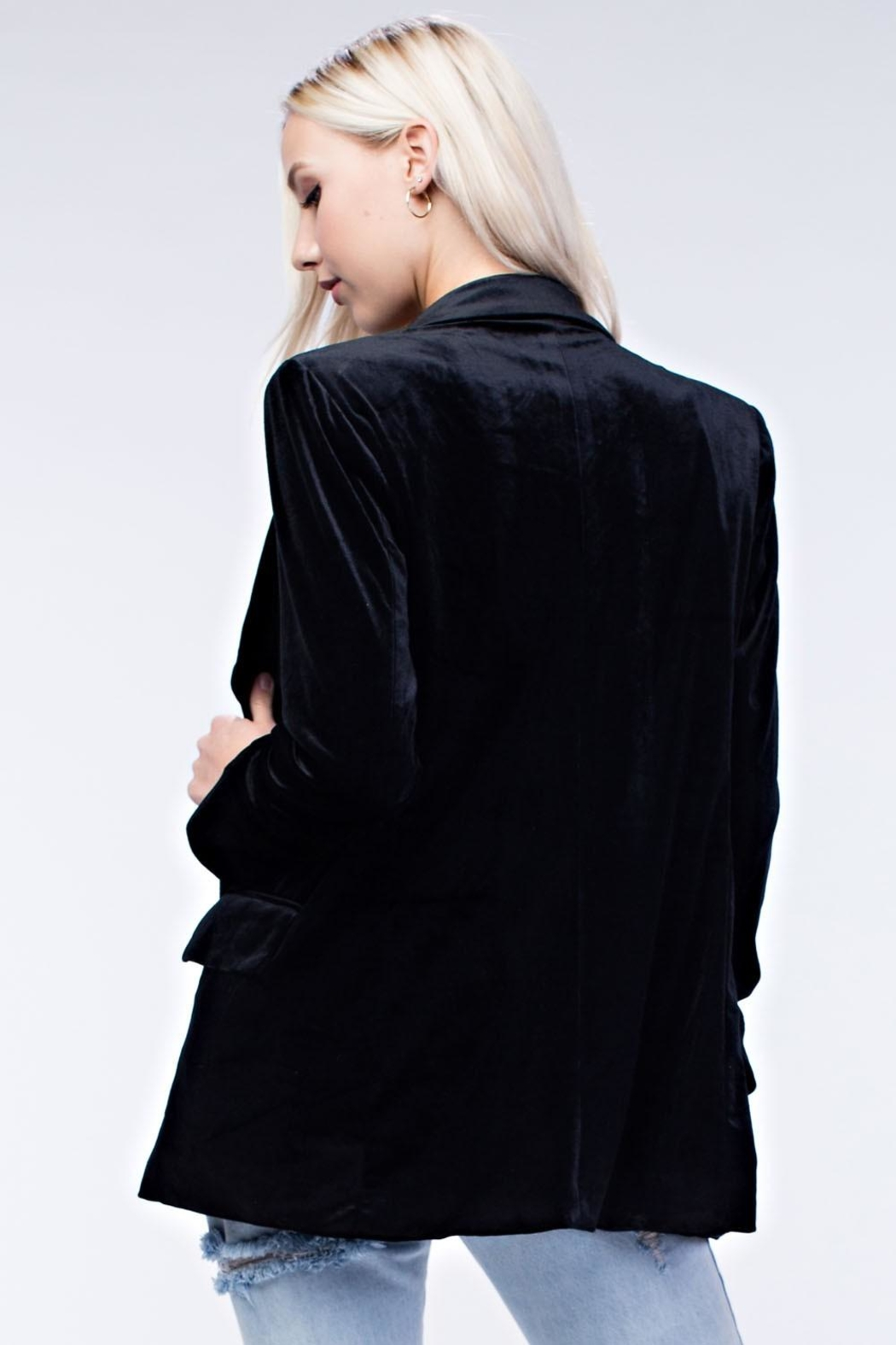 Honey Punch Black Velvet Blazer - Back Cropped Image
