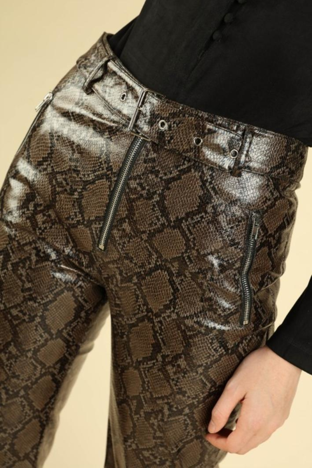 Honey Punch Python Leather Pants - Side Cropped Image