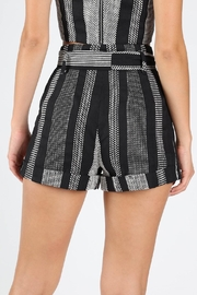 Honey Punch West Coast Textured-Shorts - Side cropped