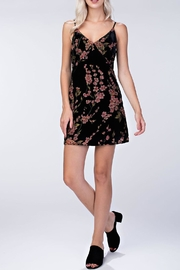 honeybelle Velvet Floral Dress - Side cropped