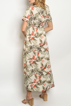 Hopely Ivory Floral Maxi - Alternate List Image
