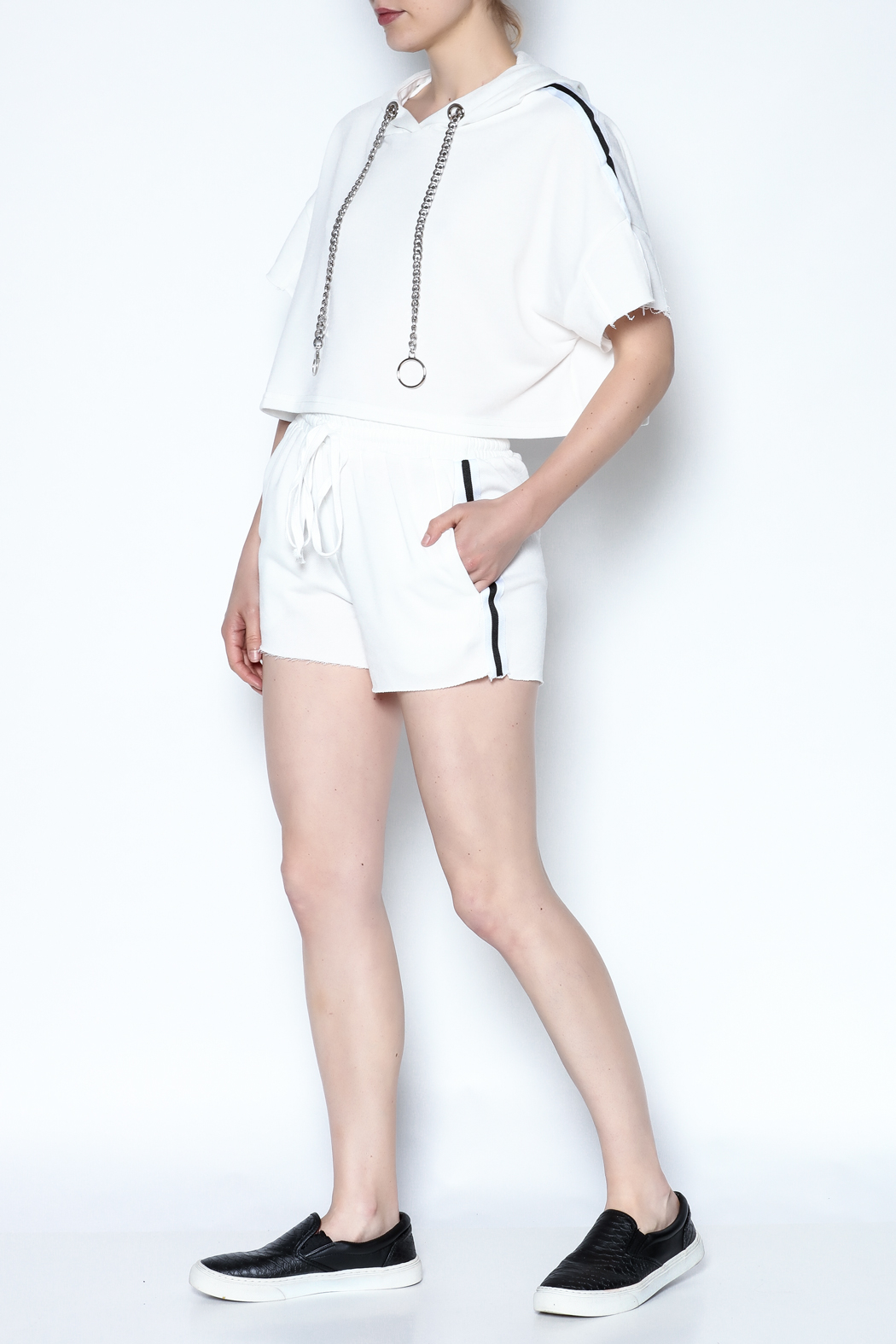 hot and delicious Side Stripe Short Set - Side Cropped Image