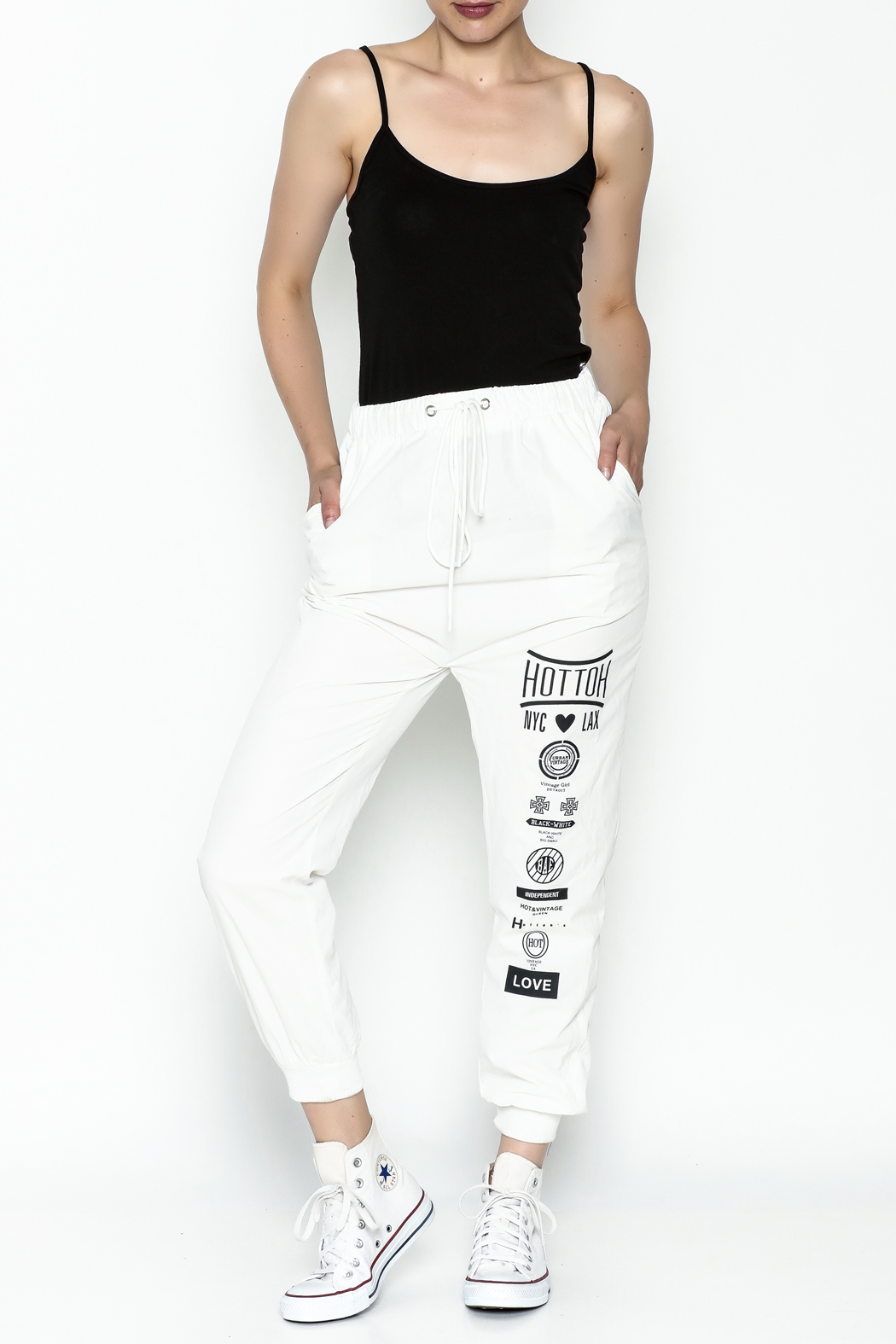 hot and delicious White Printed Pants - Side Cropped Image