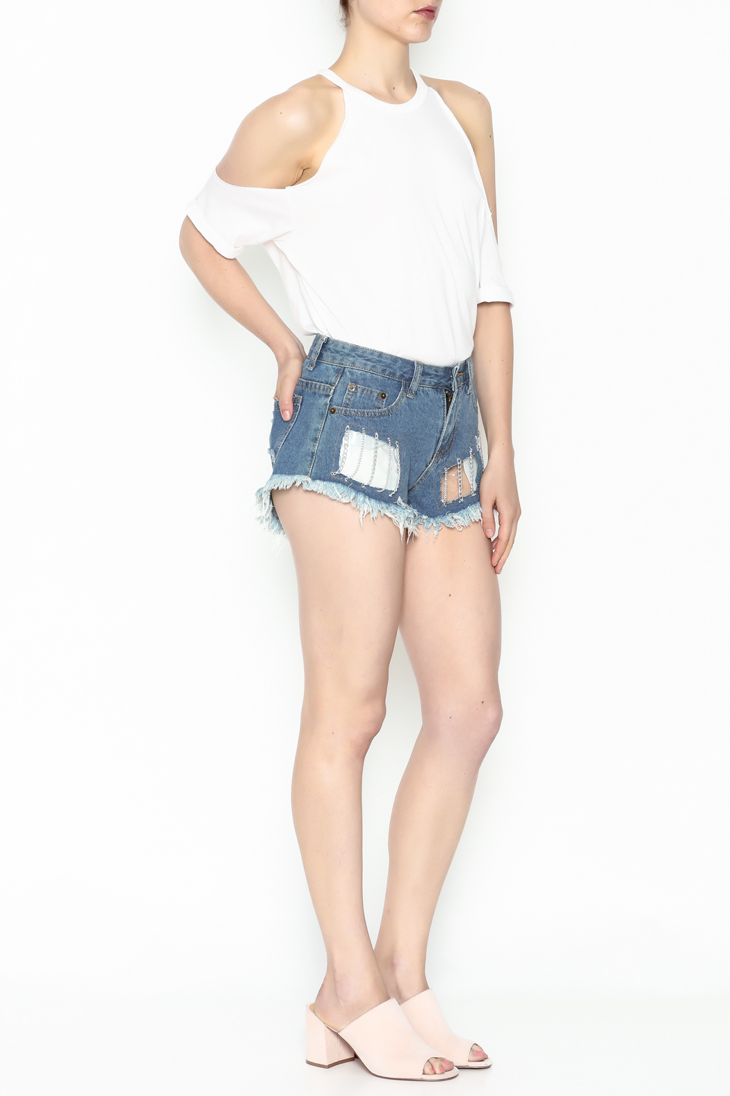 hot and delicious Window Chain Shorts - Side Cropped Image