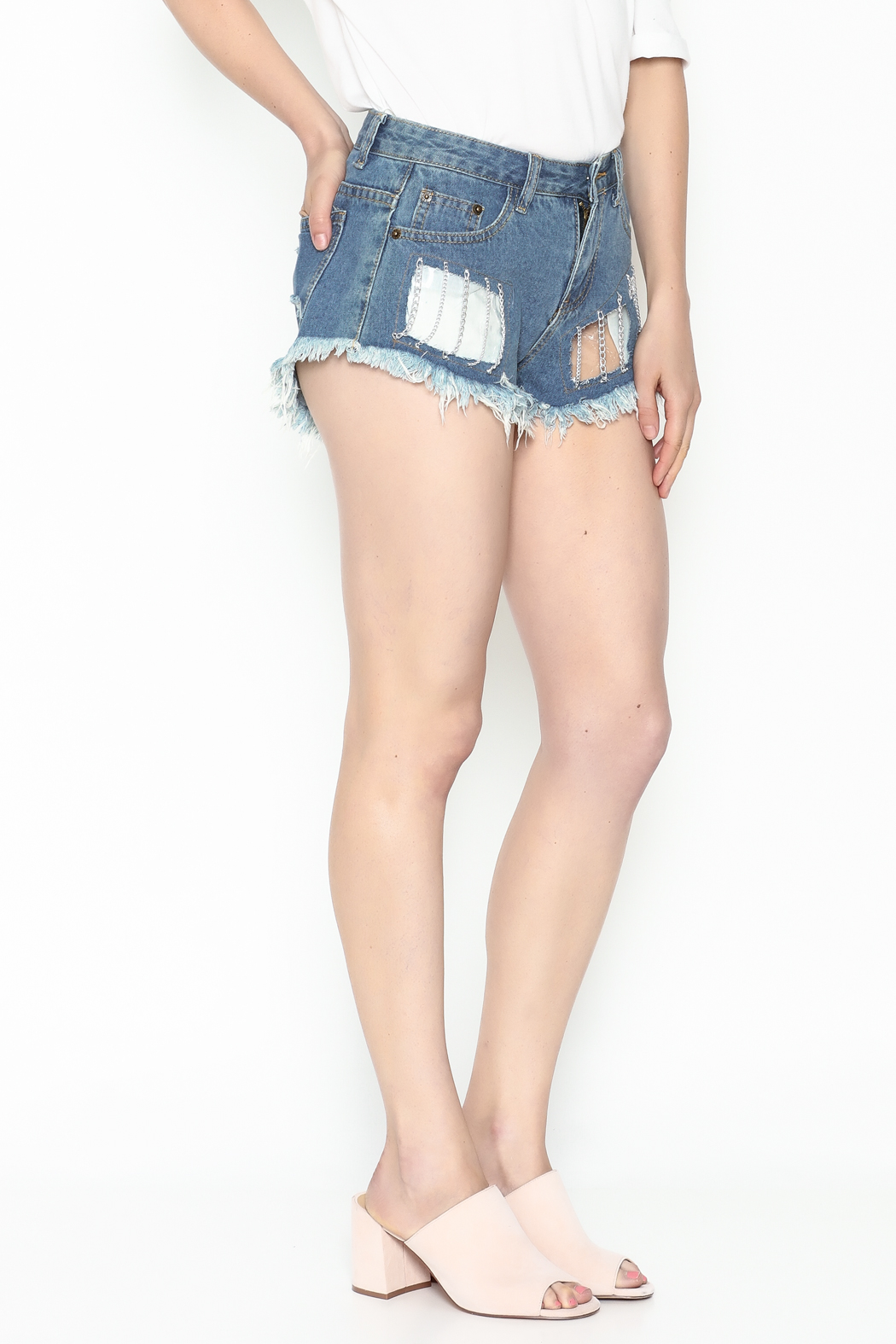 hot and delicious Window Chain Shorts - Main Image