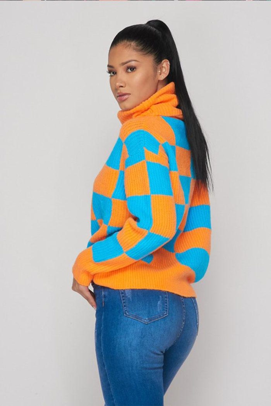 Hot & Delicious Color Block Sweater - Side Cropped Image