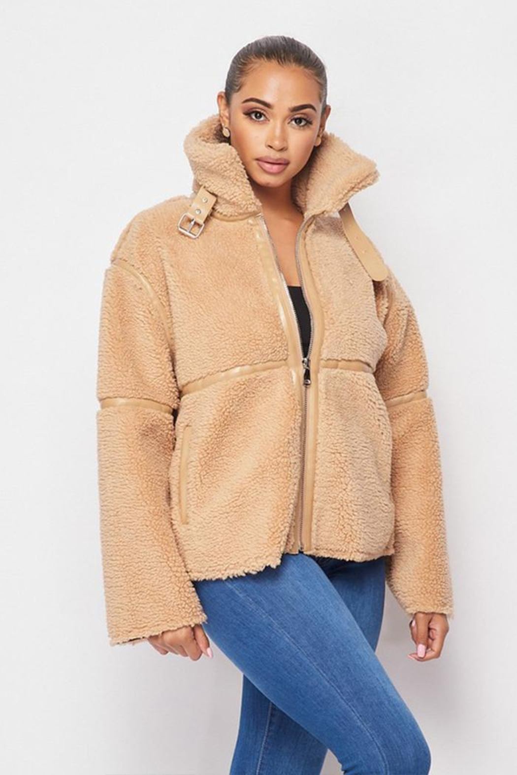 Hot & Delicious Sherpa Short Jacket - Side Cropped Image
