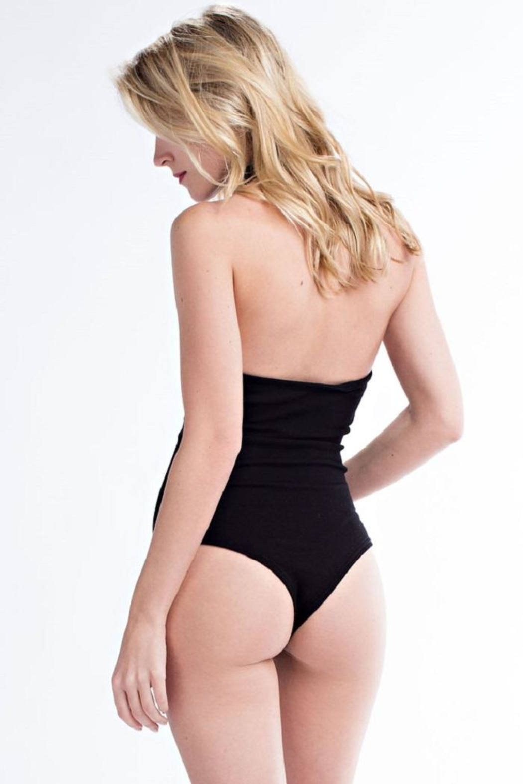 hot and delicious Black Eyelet Bodysuit - Side Cropped Image