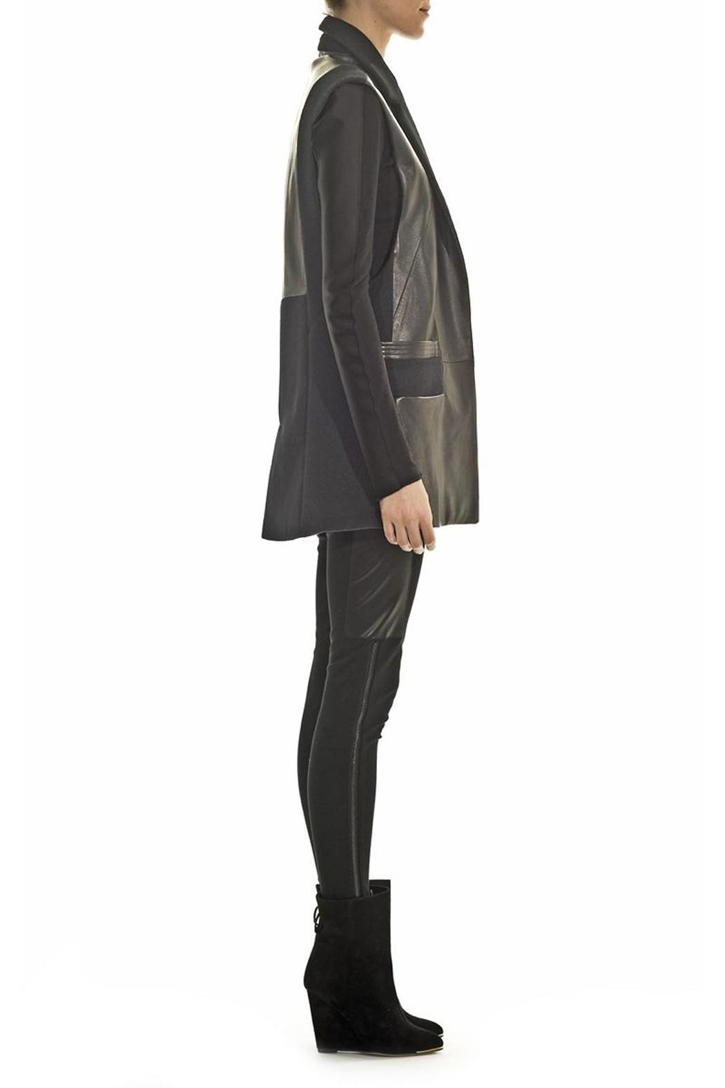 hotel particulier Leather Sleeveless Jacket - Side Cropped Image