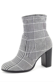 Nature Breeze Houndstooth Bootie - Front full body