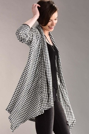 Charlie Paige Houndstooth High/low Cardigan - Product Mini Image