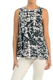 Hourglass Lilly Crack Swing Top - Product Mini Image