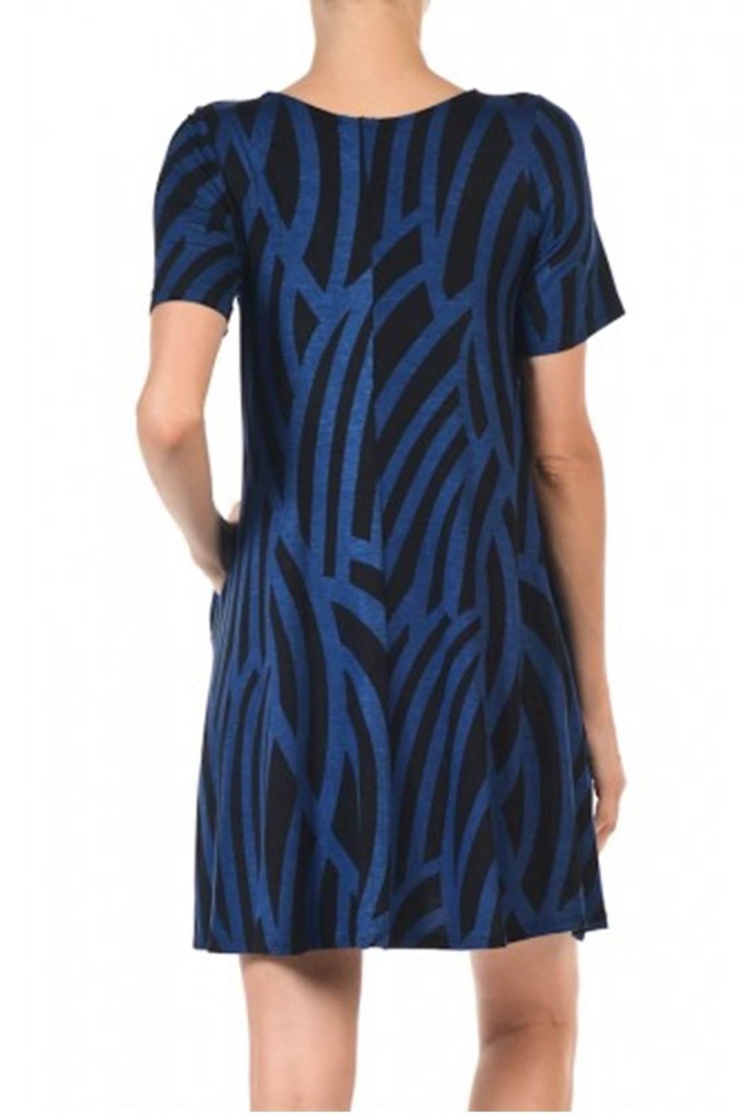Hourglass Lilly Curve Shift Dress - Front Full Image